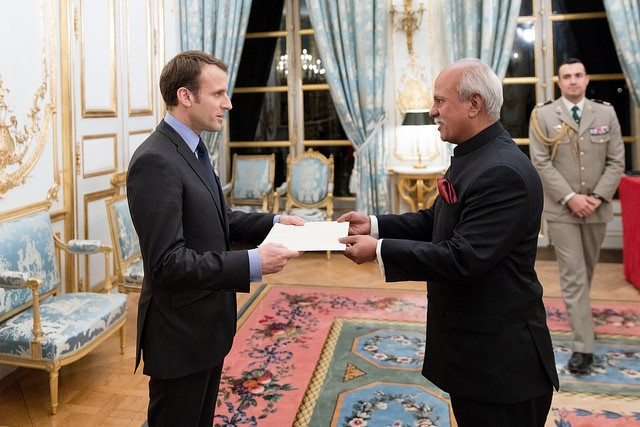 the-newly-appointed-ambassador-of-bangladesh-to-france-presented-his-credentials-to-the-french-president